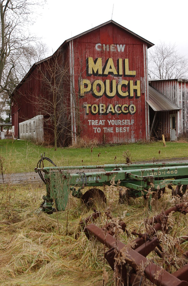 Mail Pouch barn, Rock Creek, Ohio